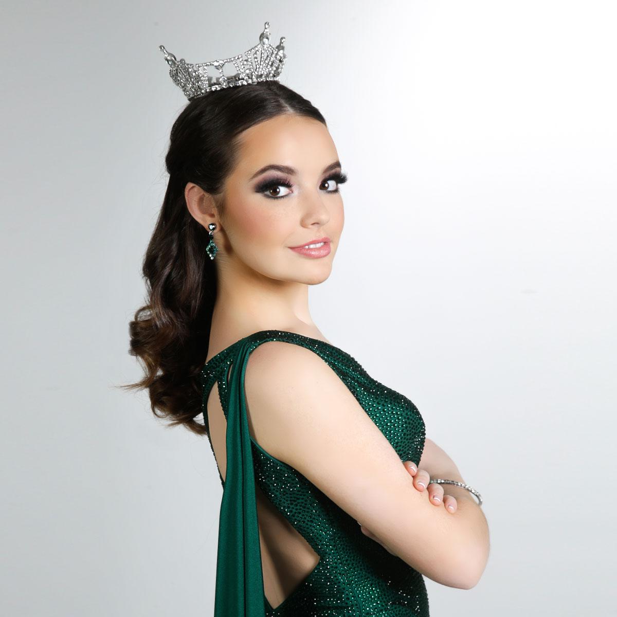 Elaina McCoulskey Miss San Antonio 2022